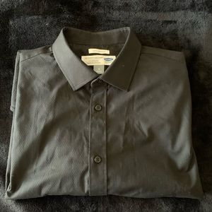 Old Navy- The Signature Shirt- Slim Fit